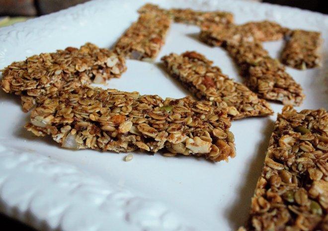 tropical-granola-bars