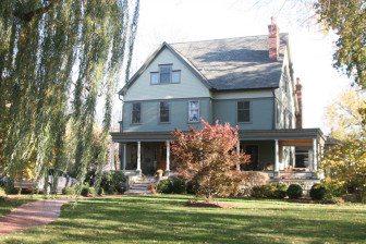 Golniewicz's Riverside home