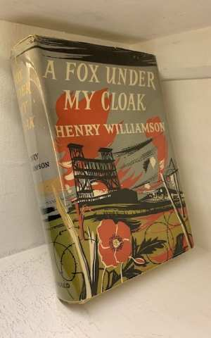 A Fox Under My Cloak (A Chronicle of Ancient Sunlight: 5)