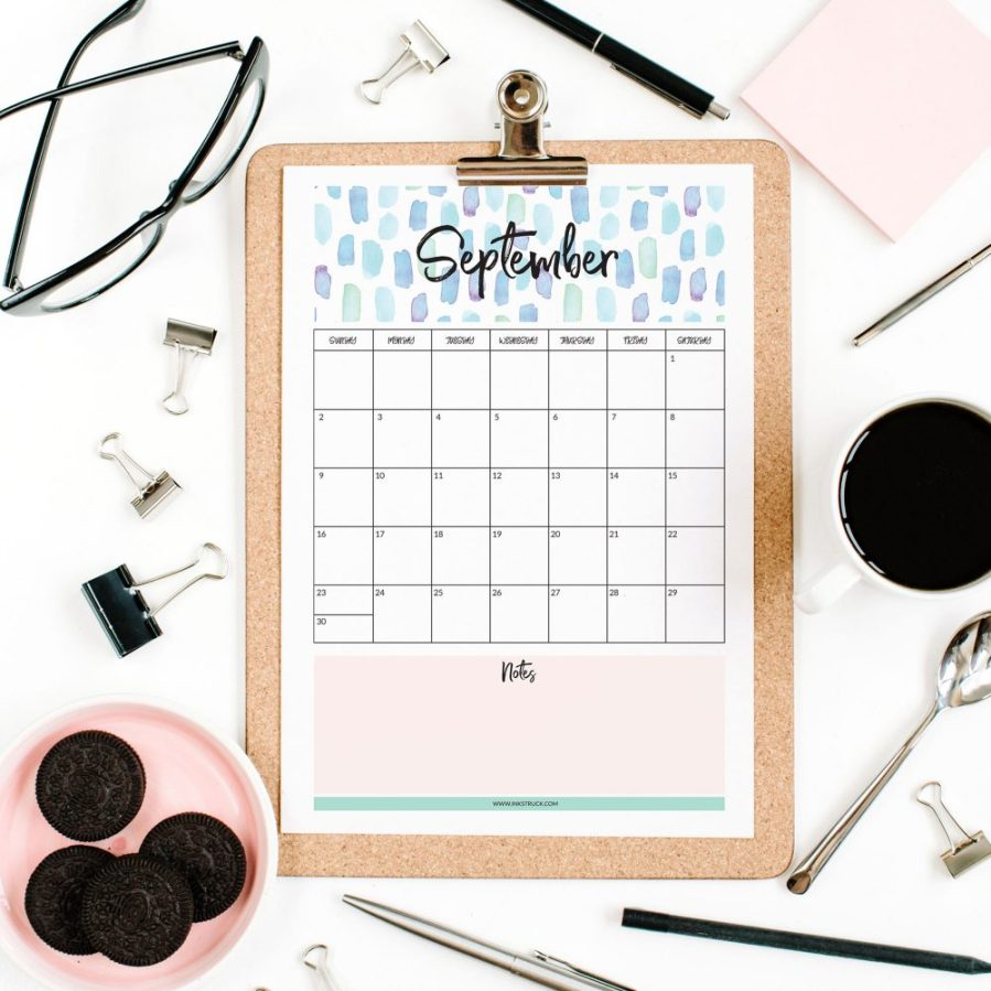 Hooray!Download this free 2018 watercolor calendar over at the blog now. Available in both Sunday start and Monday start options-Inkstruck Studio