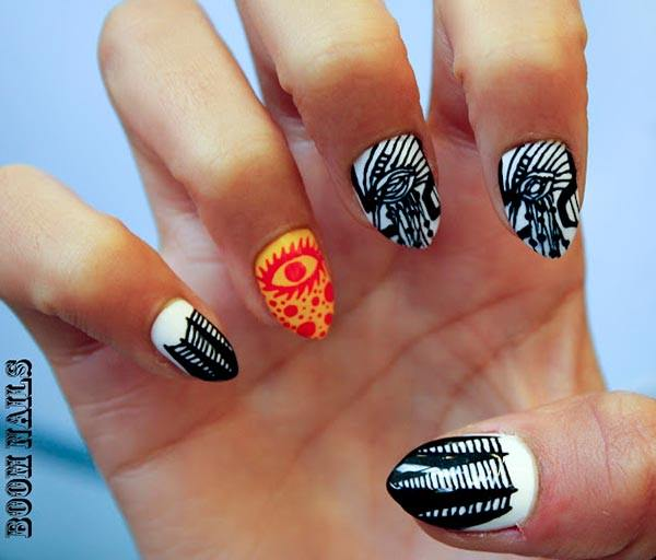 When It Es To Intricate Nail Art Doesn T Get Much Cooler Than This Such Fine Lines Are Very Difficult And Take The Work Of A Professional