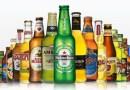 बिअर बॉटल्स या सामान्यत: हिरव्या किंवा तपकिरी रंगाच्या का असतात? वाचा!