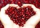 दुर्लक्षित पण सर्वात उपयुक्त फळ – 'डाळिंब' : आहारावर बोलू काही – भाग ६