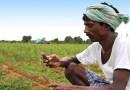 शेतकरी राजा हताश होऊ नको, आता तुझा स्मार्टफोनच तुझ्या पिकांची काळजी घेईल!