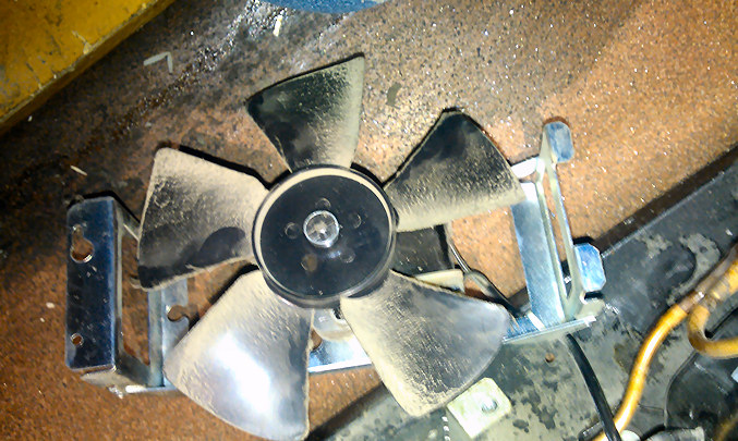 fan blade dirty