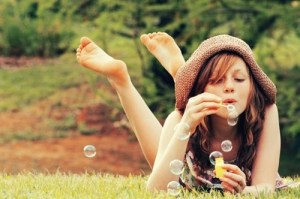 bubbles-girl-happiness-nature