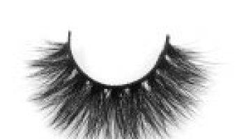 Mink Eyelashes Quite Fashionable Among Many Women