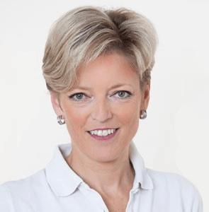 Dr Tina Astecker