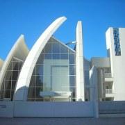 Chiesa_di_Dio_Padre_Misericordioso_-_Tor_Tre_Teste_-_Roma_Arch._Richard_Meier