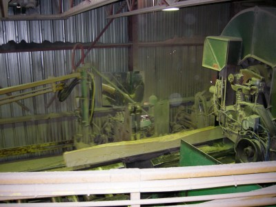 Carriage saw using BTL for clamping and positioning