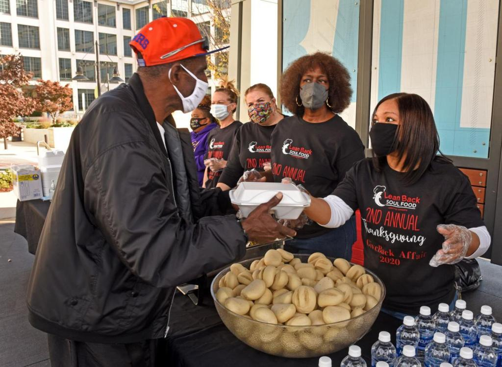 Lean Back Soul Food uses space in Bailey Park to distribute free Thanksgiving meals and increase food equity.