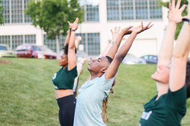 WFIQ - Yoga in the Park-12