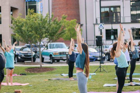 WFIQ - Yoga in the Park-19