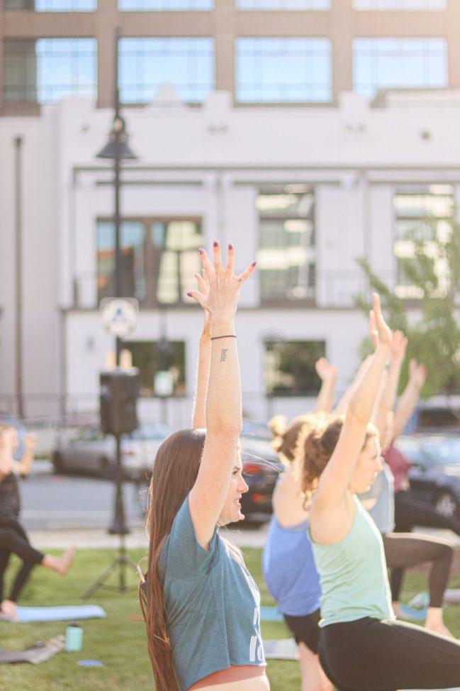 WFIQ - Yoga in the Park-21