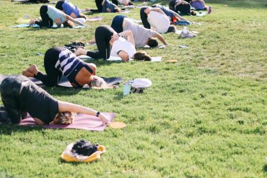 WFIQ - Yoga in the Park-6