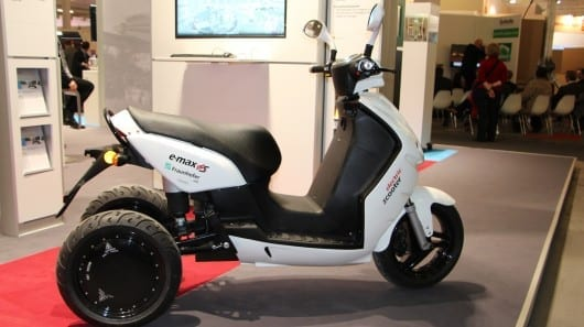Three-wheeled e-scooter offers added stability, but still leans into turns