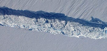 Crack Discovered Along Pine Island Glacier Ice Shelf 2 (Photo credit: Wikipedia)