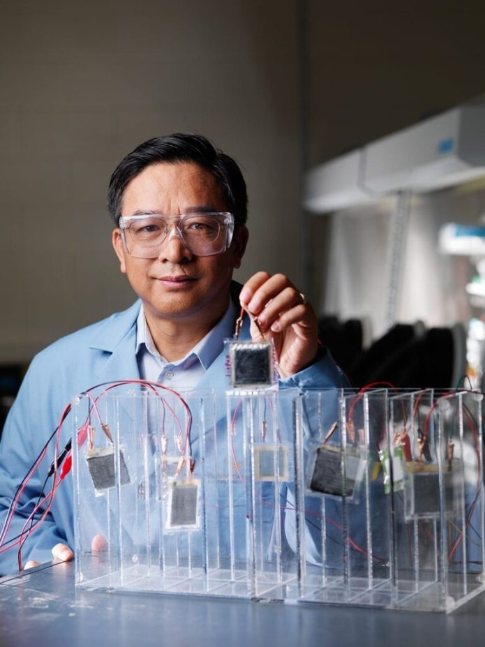 PNNL physicist Jason Zhang and his colleagues have developed a new electrolyte that allows lithium-sulfur, lithium-metal and lithium-air batteries to operate at 99 percent efficiency, while having a high current density and without growing dendrites that short-circuit rechargeable batteries.
