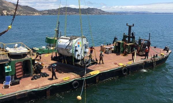 Microsoft Plumbs Ocean's Depths to Test Underwater Data Center