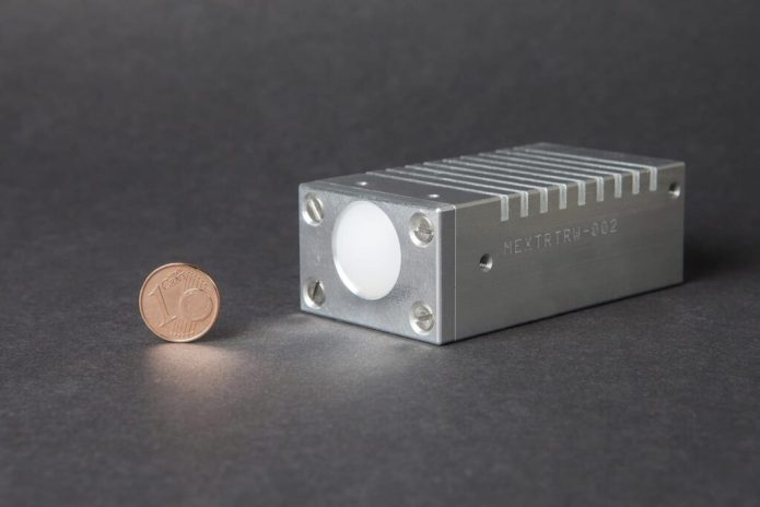 W-Band-Radar Demonstrator via Fraunhofer is smaller than a pack of cigarettes