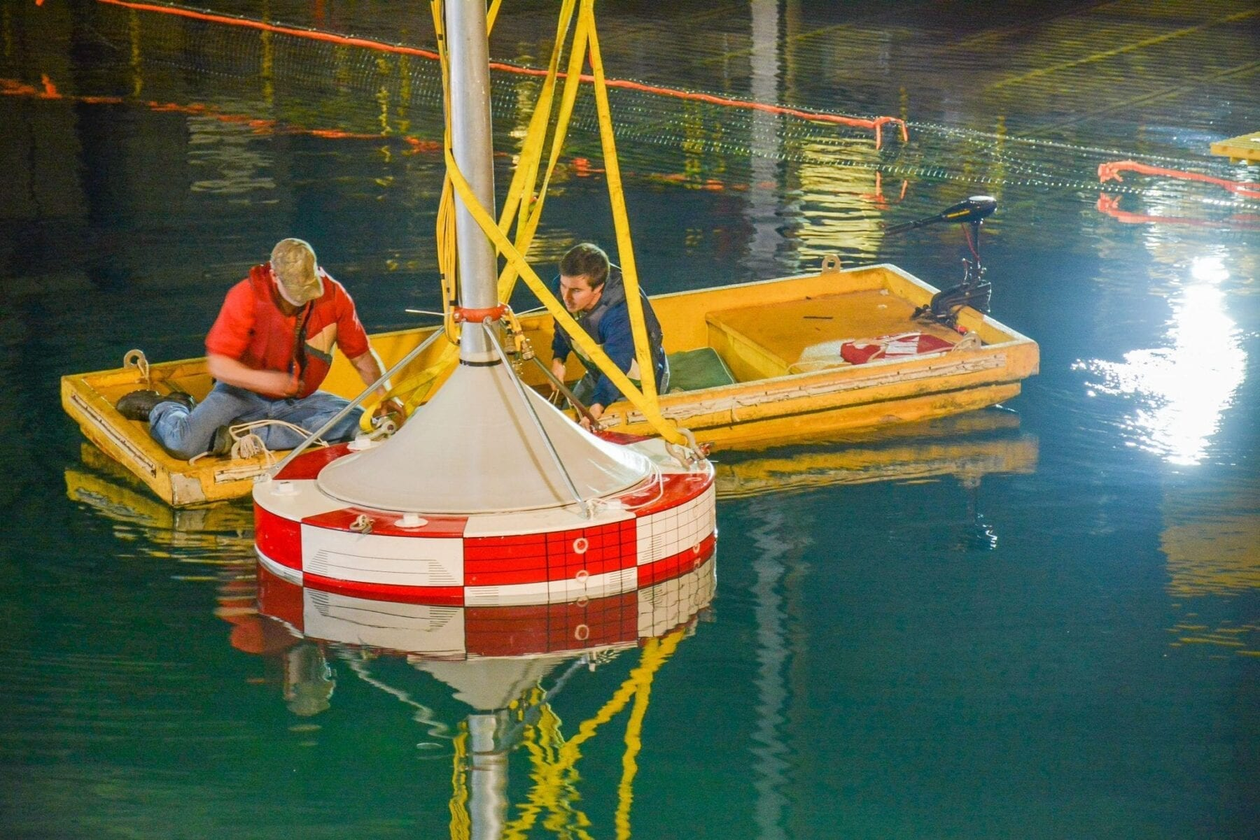 Wave energy researchers dive deep to advance clean energy source