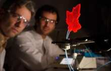 Mini-factory artificial leaf can produce medicines anywhere there is sunlight