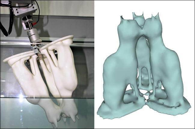 Using water for 3D shape reconstruction