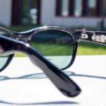 Solar sun glasses generate solar power for mobile applications