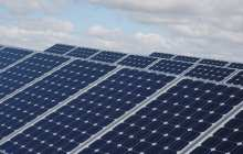 Bacteria-powered solar cell