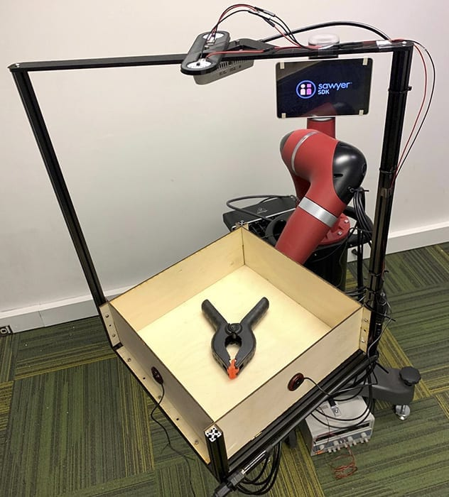 To prove that sound can be an asset to robots, SCS researchers built a dataset by recording video and audio of 60 common objects as they rolled around a tray. The team captured these interactions using Tilt-Bot — a square tray attached to the arm of a Sawyer robot.