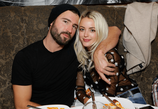 Brody Jenner and fiancée Kaitlynn Carter enjoying dinner