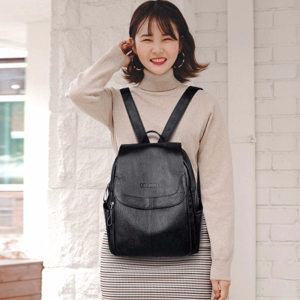 2019 Female Leather Backpacks High Quality Sac A Dos Ladies Bagpack Luxury Designer Large Capacity Casual 2 2019 Female Leather Backpacks High Quality Sac A Dos Ladies Bagpack Luxury Designer Large Capacity Casual Daypack Girl Mochilas