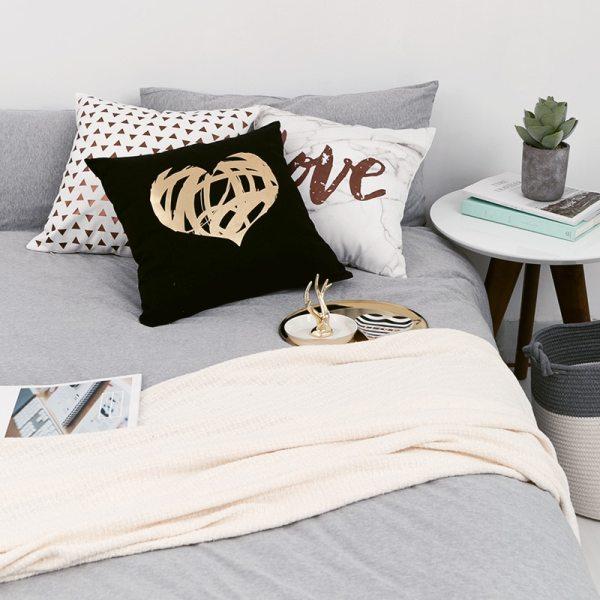 Black Golden Leaves Cushion Brozing Gold Foil Cushion Decorative Pillows Home Decor Throw Pillow Almofadas Decorativas 2 Black Golden Leaves Cushion Brozing Gold Foil Cushion Decorative Pillows Home Decor Throw Pillow Almofadas Decorativas Para Sofa