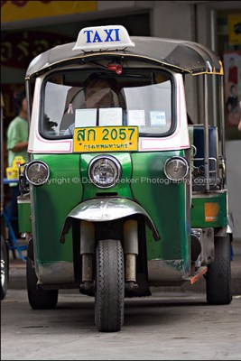 tuk-tuk - mezzi di trasporto bangkok