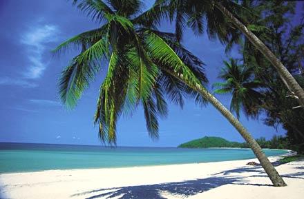 Visita l'isola di Koh Samet con il Tour Operator InnViaggi, con personale Italiano residente in Asia.