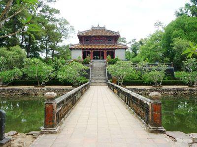 Visita le tombe della dinastia Nguyen con il Tour Operator InnViaggi