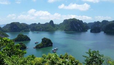 Halong Bay, tappa obbligatoria durante un viaggio in Vietnam.