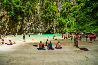 ko mook thailandia grotta di smeraldo