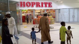 Families shopping in Africa's retail giant, Shoprite, in Nigeria in 2015. The emerging middle class continues to drive growth in the retail industry. Photo courtesy Reuters/Staff Available from http://bit.ly/2o7DpCb