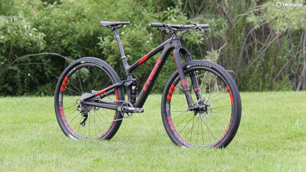 Cross-country mountain bikes