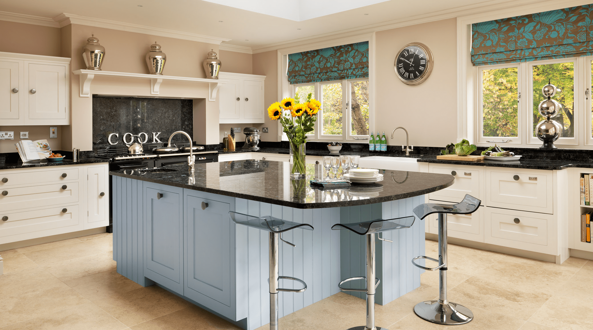 Kitchens - Modern,Tradditional & Shaker Designs in Slough ... on Images Of Modern Kitchens  id=62255