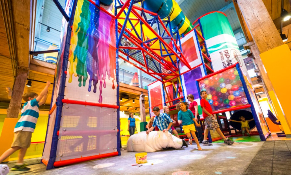 Crayola Experience - Prime Play 01