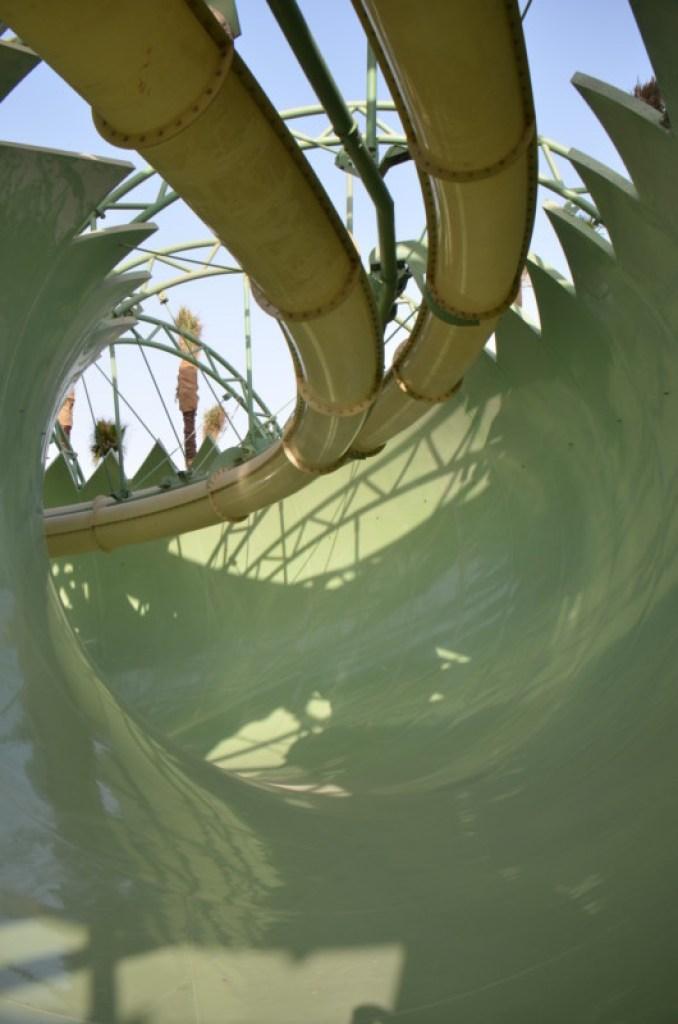 Atlantis The Palm - Aquaventure Waterpark - Anaconda Flume-Thru-Flume (7)