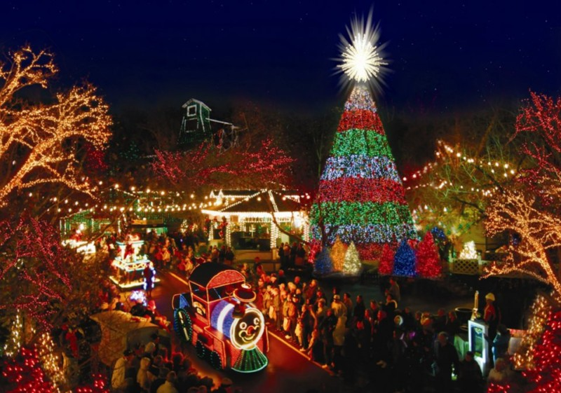 branson mo usa silver dollar city rings in its brightest season with one of the most acclaimed holiday festivals in america an old time christmas