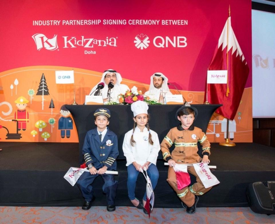 L-R Yousef Darwish, General Manager of Group Communication, QNB and Sheikh Nasser Bin Abdulrahman Al Thani, Chairman, Tasali