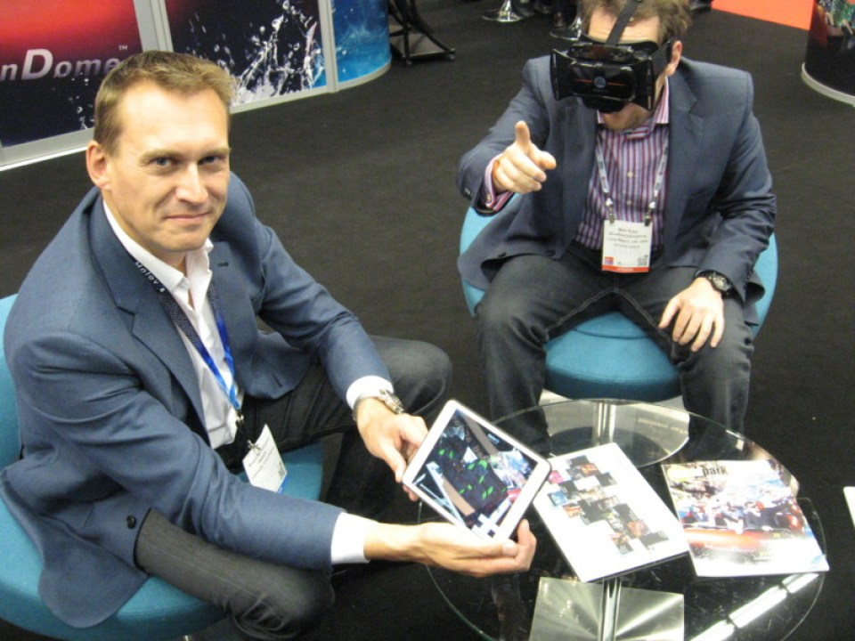 Stuart Hetherington and Mike Ross show off Holovis' Pocket Ride View capabilities