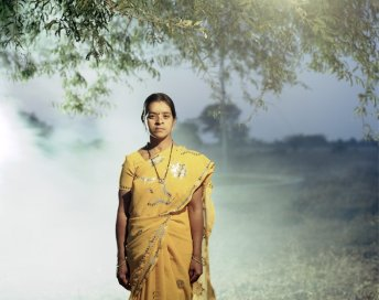 Witwe Manda S. Dhoti, 26