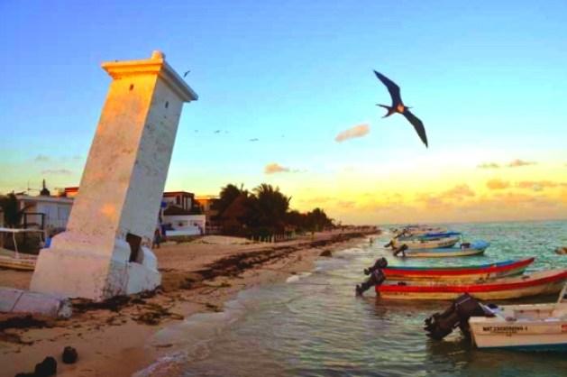 Puerto Morelos Lighthouse