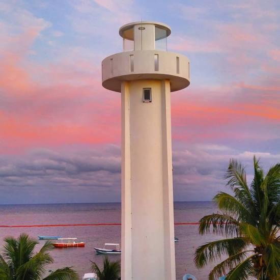 Puerto Morelos new lighthouse