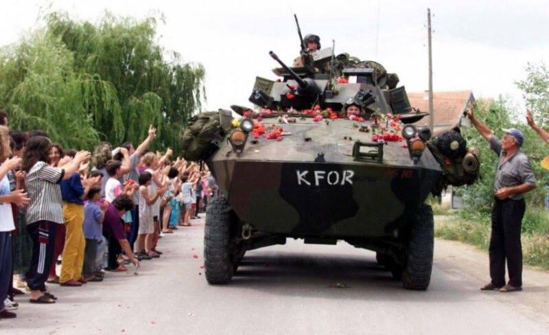 """KFOR-NATO Sipas gazetës serbe: """"Shqiptarët dhe NATO janë duke bërë plan në """"Bondsteel"""""""